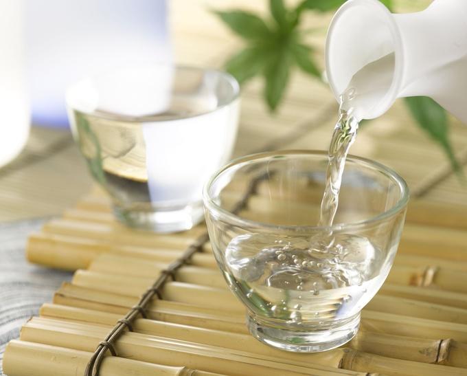 百薬の長と言われるお酒!お酒と健康の関係性を徹底的に調べます!のサムネイル画像