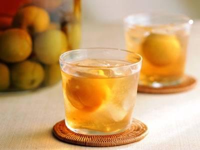梅酒の割り方は、たくさんある!知っておきたい梅酒の割り方のサムネイル画像