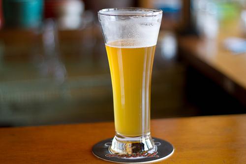 今や定番のお酒?ビールをジンジャーエールで割ったあのお酒を特集♡のサムネイル画像
