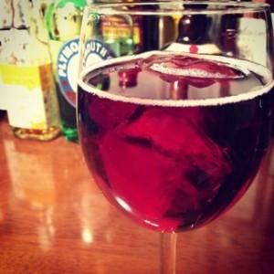ワインとジンジャーエールで簡単カクテル★『キティ』のレシピまとめのサムネイル画像
