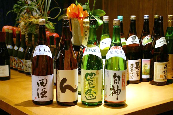 京都に来たら地酒を楽しもう!気軽に入れる京都の飲み屋4選!のサムネイル画像