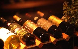 勘違いしていませんか? ワインの正しい保存方法と楽しみ方のサムネイル画像