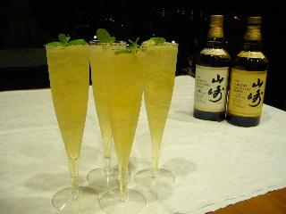 ウィスキーのカクテルで芳醇な味わいを楽しもう!厳選レシピ8選のサムネイル画像