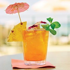 余ったラム酒はカクテルで楽しむ♪簡単カクテルレシピご紹介♪のサムネイル画像