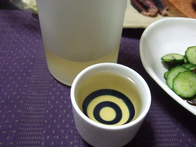 女性にも大人気の日本酒。でも日本酒に合うおつまみって一体なに?のサムネイル画像