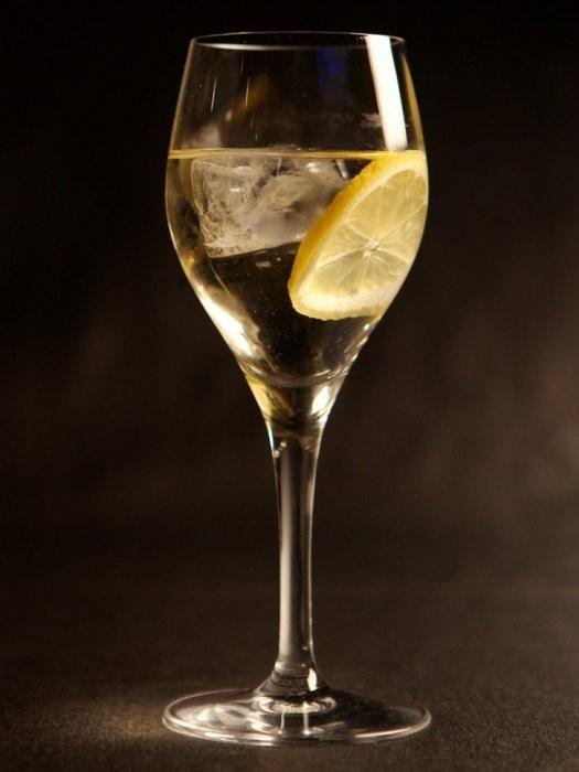 おうちで楽しむカクテル♪爽やかな飲み心地のオペレーターカクテル♡のサムネイル画像