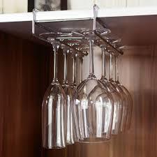 ワイングラスの収納は、背の高さも大きさも違って収納しにくい。のサムネイル画像