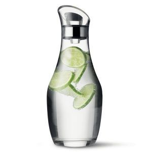 ワインが美味しくなる魔法の瓶、オシャレなデカンタの上手な使い方。の画像